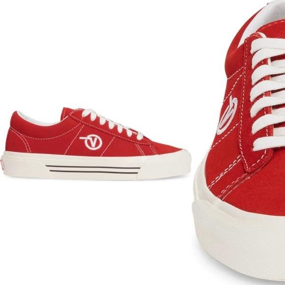 Vans UA Sid DX Sneaker size 10